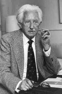Erik Erikson's research methodology