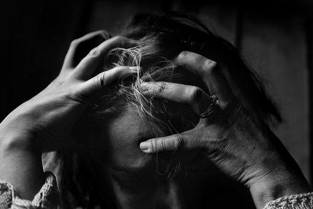 Psychology trick to stop motion sickness